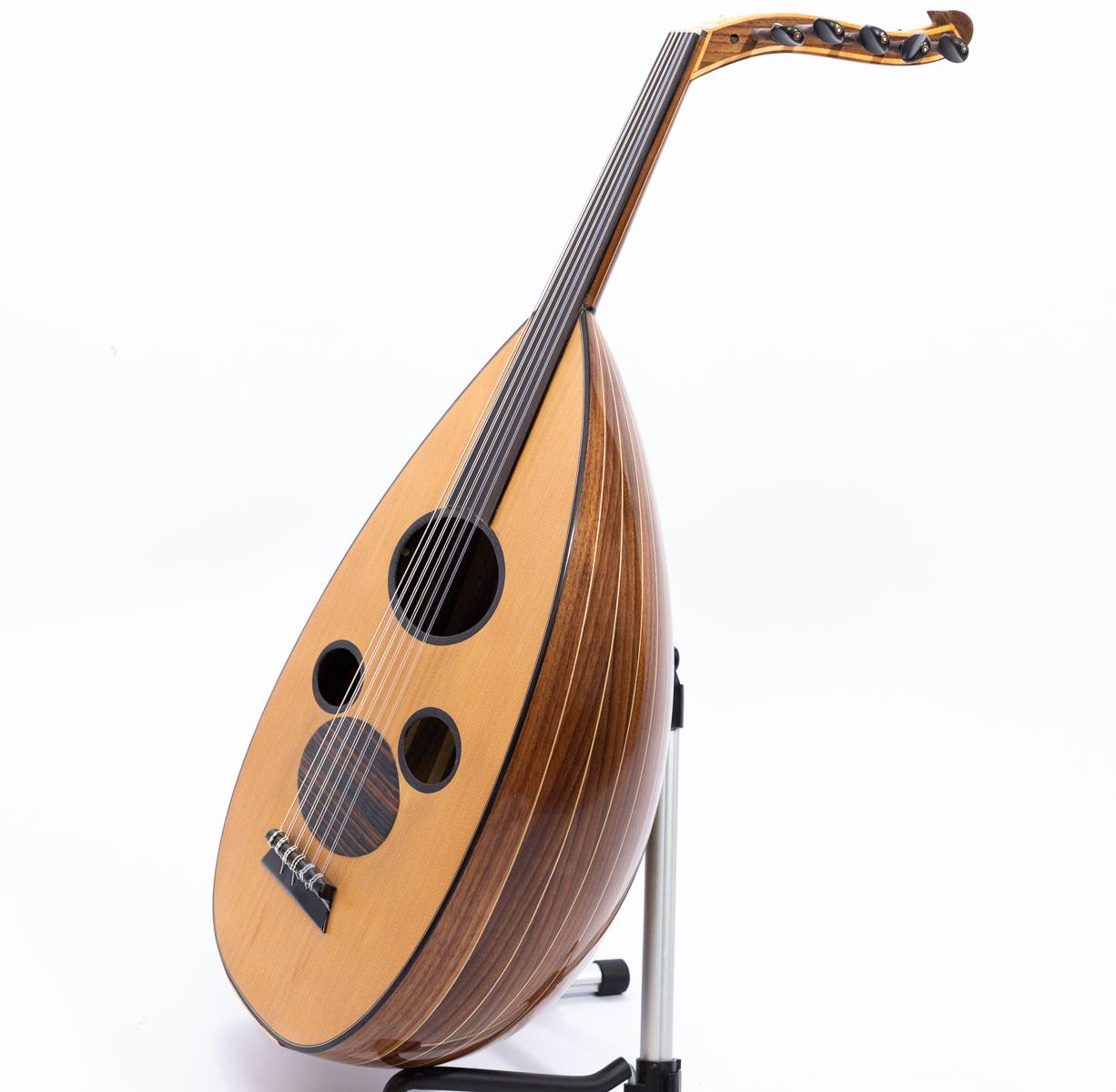 Arabic Oud cedar