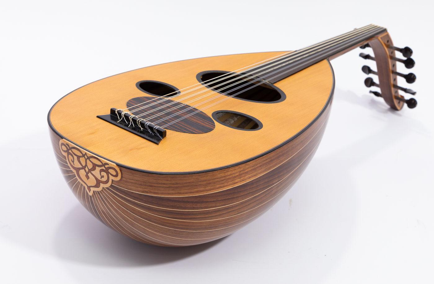 Professional Arabic Oud cedar top